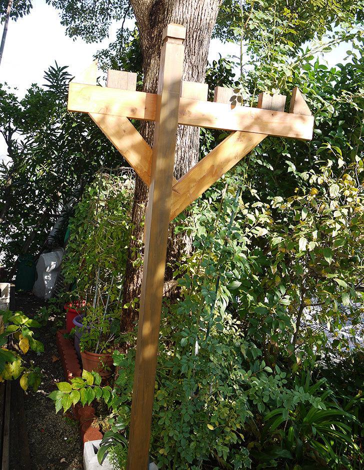 木製の物干し台制作4-8.jpg