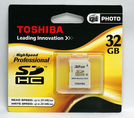 東芝-TOSHIBA-SDHCカード-32GB クラス10-2.jpg