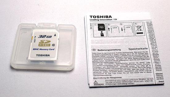 東芝-TOSHIBA-SDHCカード-32GB クラス10-4.jpg