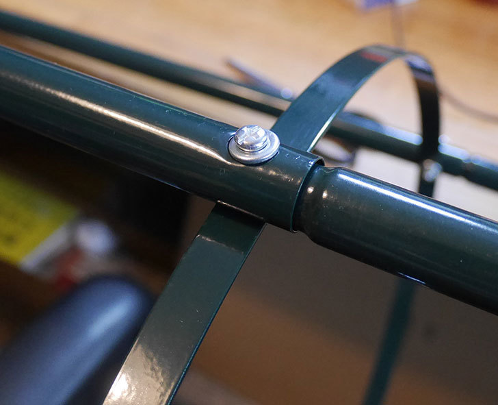 楽天で鉄製オベリスク高さ215cmを2個買った10.jpg