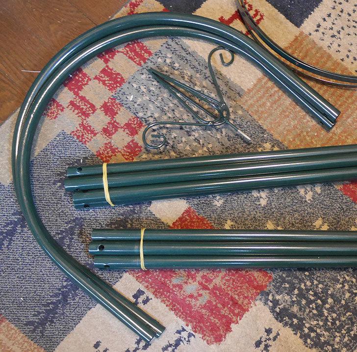 楽天で鉄製オベリスク高さ215cmを2個買った4.jpg