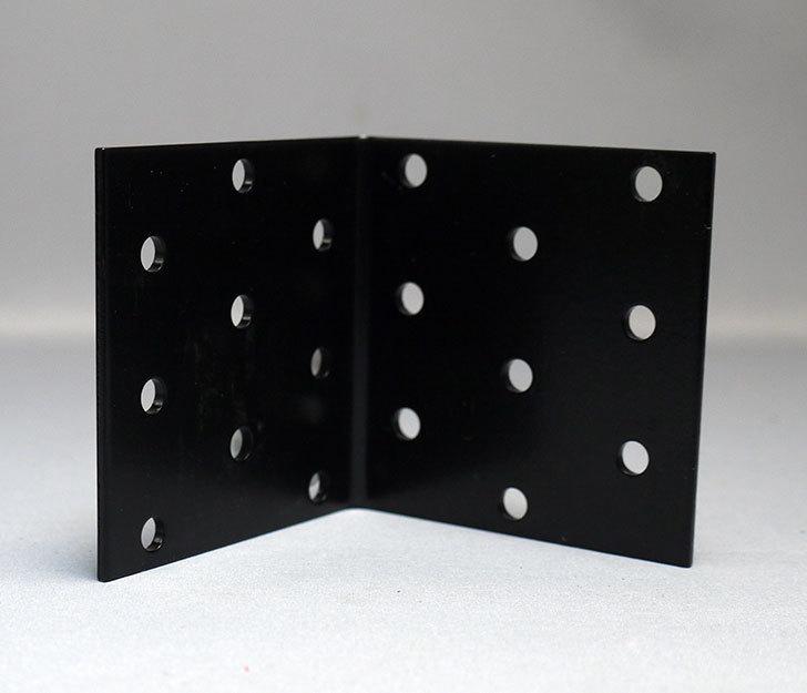 黒い60×60mmの金折をケイヨーデイツーで4個買って来た4.jpg