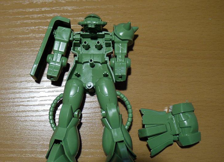 FG-1-144-MS-06F-ザクII-F型を素組した5.jpg
