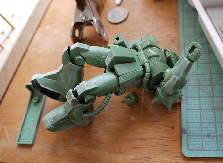 FG-1-144-MS-06F-ザクII-F型制作1-1.jpg