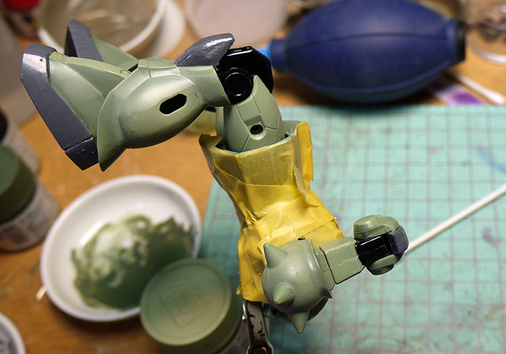 FG-1-144-MS-06F-ザクII-F型制作2-1.jpg