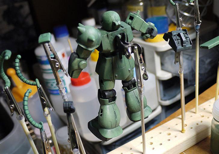 FG-1-144-MS-06F-ザクII-F型制作3-1.jpg