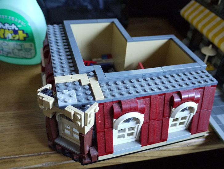 LEGO-10182-カフェコーナーの掃除をした2.jpg