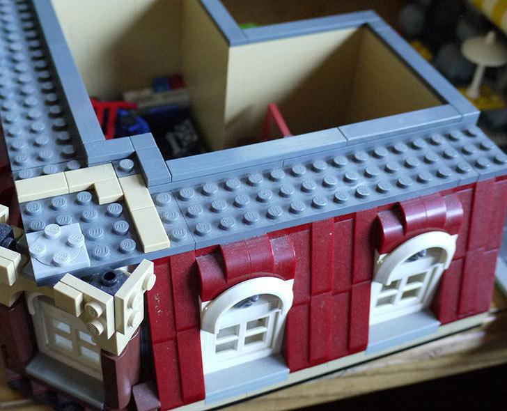 LEGO-10182-カフェコーナーの掃除をした3.jpg