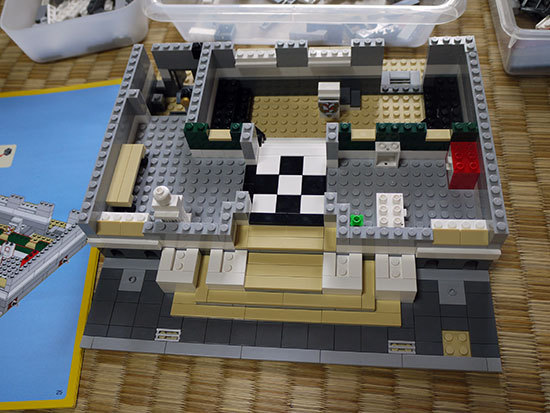 LEGO-10224-タウンホールを作り始めた1-14.jpg