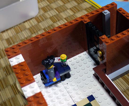 LEGO-10224-タウンホールを作り始めた2-11.jpg