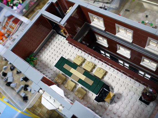 LEGO-10224-タウンホールを作り始めた3-4.jpg