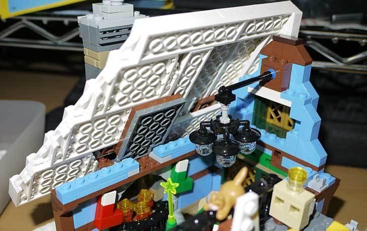 LEGO-10229-ウィンターコテージを作った6-7.jpg