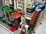 LEGO-10243-Parisian-Restaurant(パリジャンレストラン)作りった完成品表示用1.jpg