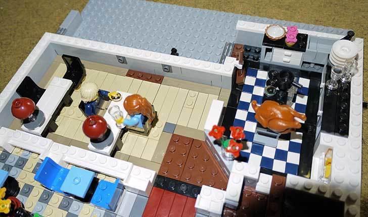 LEGO-10243-Parisian-Restaurant(パリジャンレストラン)作り始めた1-12.jpg