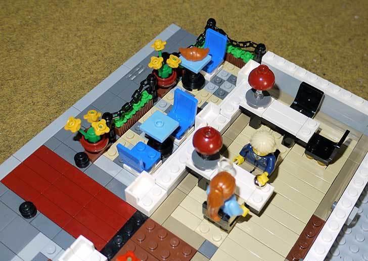 LEGO-10243-Parisian-Restaurant(パリジャンレストラン)作り始めた1-13.jpg