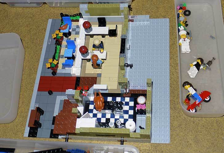 LEGO-10243-Parisian-Restaurant(パリジャンレストラン)作り始めた1-17.jpg