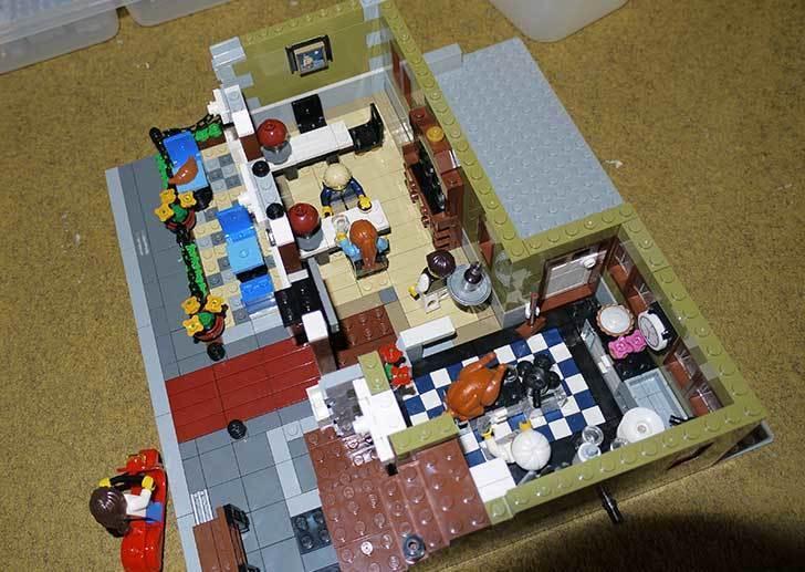LEGO-10243-Parisian-Restaurant(パリジャンレストラン)作り始めた1-20.jpg