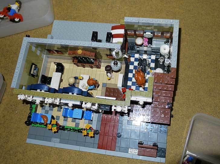 LEGO-10243-Parisian-Restaurant(パリジャンレストラン)作り始めた1-22.jpg