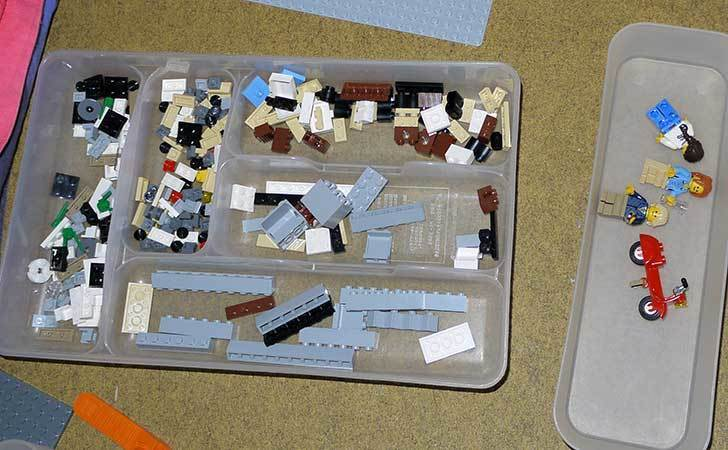 LEGO-10243-Parisian-Restaurant(パリジャンレストラン)作り始めた1-3.jpg