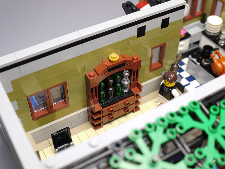 LEGO-10243-Parisian-Restaurant(パリジャンレストラン)作り始めた1-35.jpg