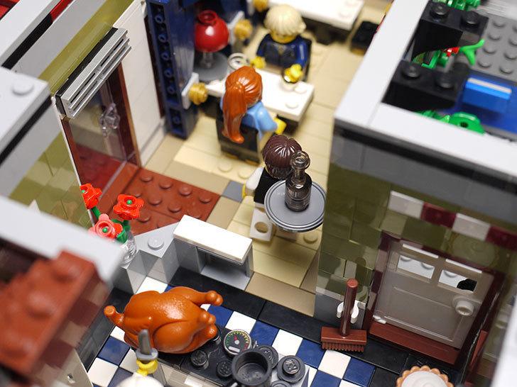 LEGO-10243-Parisian-Restaurant(パリジャンレストラン)作り始めた1-41.jpg