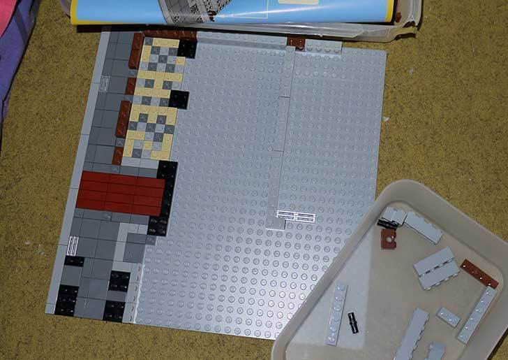 LEGO-10243-Parisian-Restaurant(パリジャンレストラン)作り始めた1-5.jpg