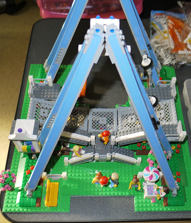 LEGO-10247-Ferris-Wheel-観覧車を作りはじめた3-1.jpg