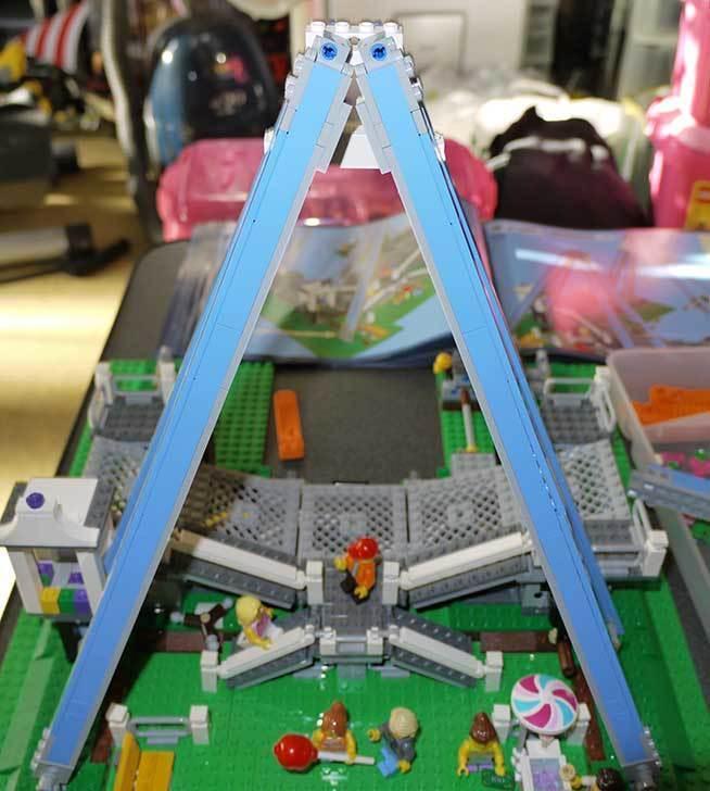 LEGO-10247-Ferris-Wheel-観覧車を作りはじめた3-24.jpg