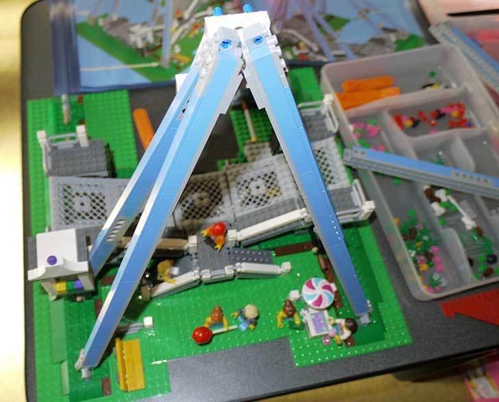 LEGO-10247-Ferris-Wheel-観覧車を作りはじめた3-25.jpg