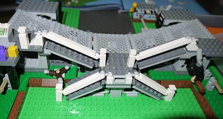 LEGO-10247-Ferris-Wheel-観覧車を作りはじめた3-7.jpg