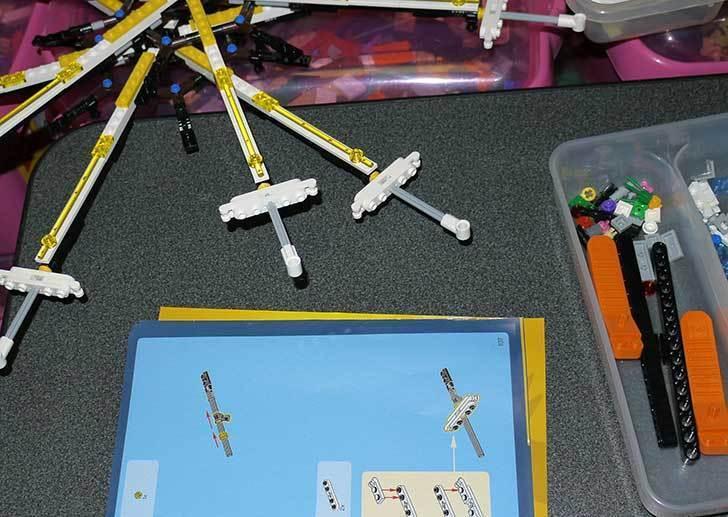 LEGO-10247-Ferris-Wheel-観覧車を作りはじめた4-20.jpg
