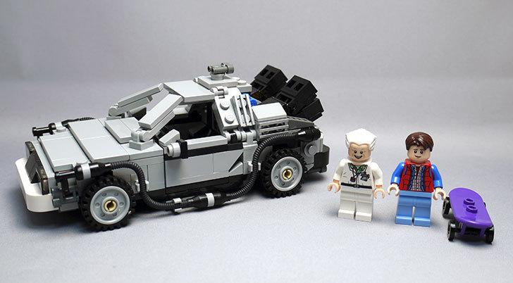 LEGO-21103-デロリアン・タイムマシンを作った1.jpg