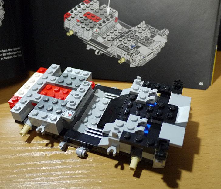 LEGO-21103-デロリアン・タイムマシンを作った19.jpg