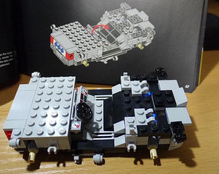 LEGO-21103-デロリアン・タイムマシンを作った20.jpg