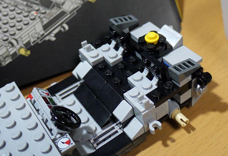 LEGO-21103-デロリアン・タイムマシンを作った23.jpg
