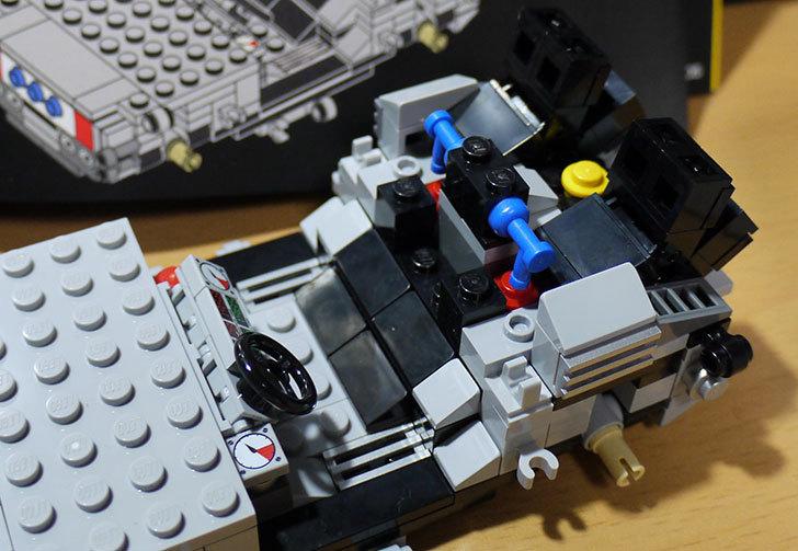 LEGO-21103-デロリアン・タイムマシンを作った30.jpg