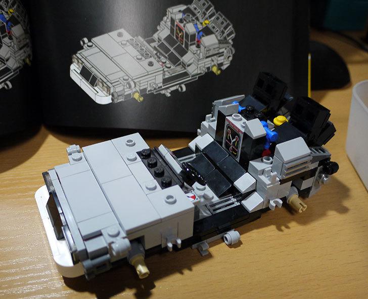 LEGO-21103-デロリアン・タイムマシンを作った34.jpg