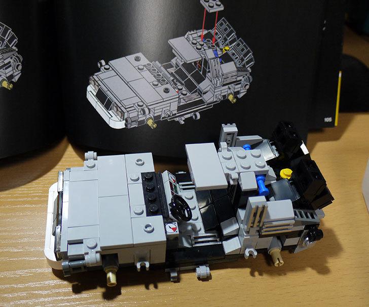 LEGO-21103-デロリアン・タイムマシンを作った36.jpg
