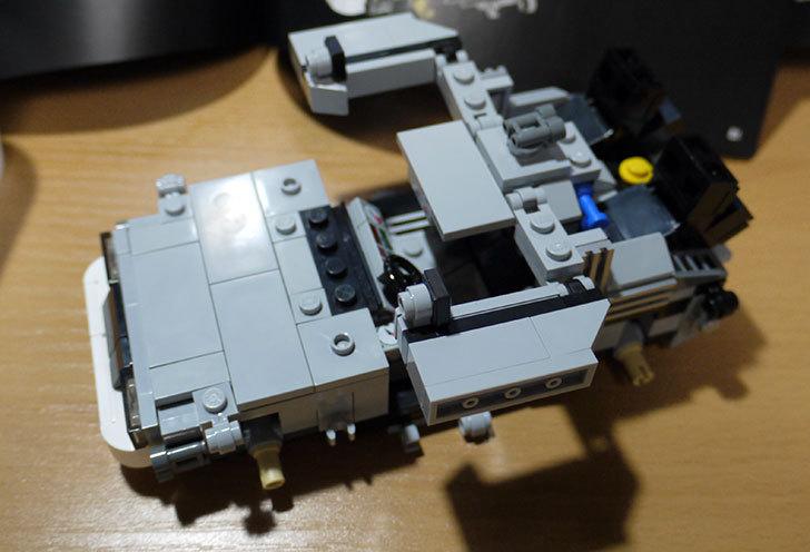 LEGO-21103-デロリアン・タイムマシンを作った39.jpg