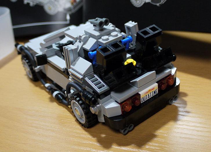 LEGO-21103-デロリアン・タイムマシンを作った44.jpg