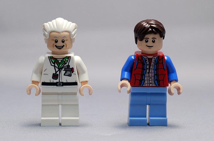 LEGO-21103-デロリアン・タイムマシンを作った68.jpg