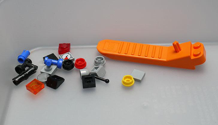 LEGO-21103-デロリアン・タイムマシンを作った71.jpg