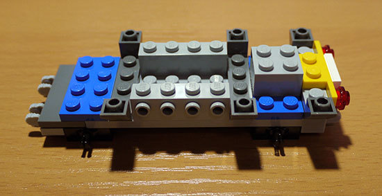 LEGO-3677-レッドカーゴトレイン作成2-2.jpg