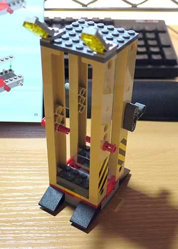 LEGO-3677-レッドカーゴトレイン作成5-6.jpg