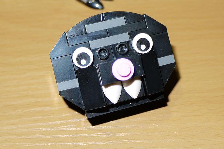LEGO-40090-Halloween-Batを作った20.jpg