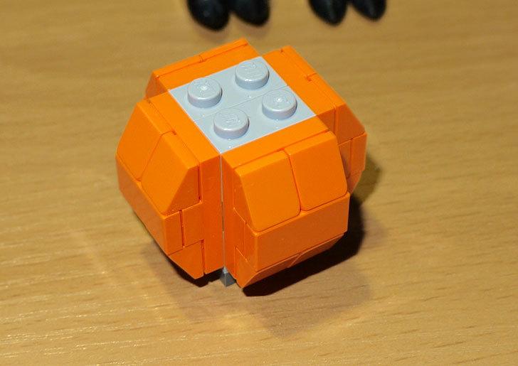 LEGO-40090-Halloween-Batを作った30.jpg