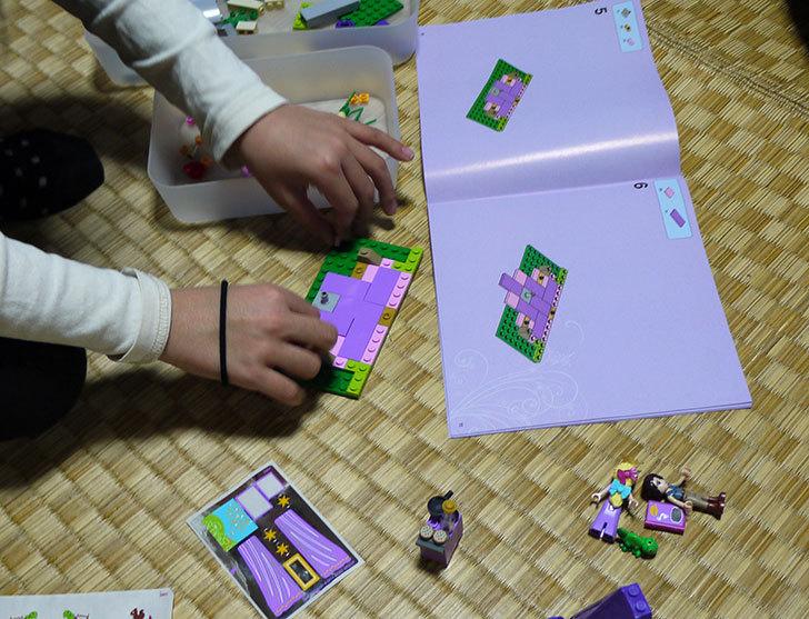 LEGO-41054-ラプンツェルのすてきな塔を作った5.jpg