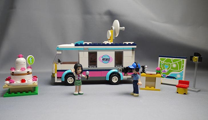 LEGO-41056-ハートレイクテレビクルーを作った1.jpg