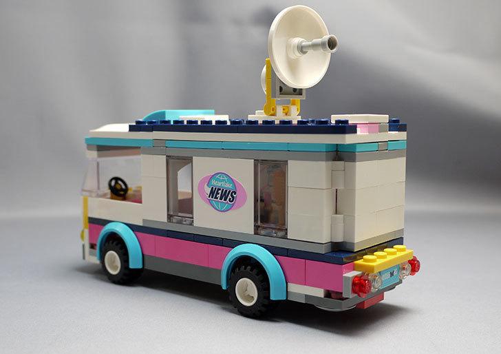 LEGO-41056-ハートレイクテレビクルーを作った20.jpg