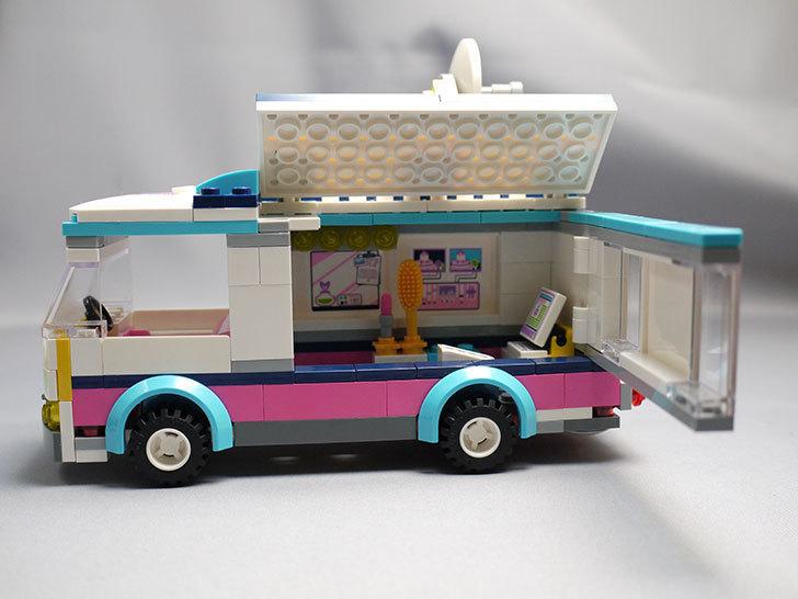 LEGO-41056-ハートレイクテレビクルーを作った21.jpg
